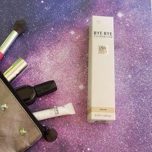 it Cosmetics Medium Bye Bye Foundation 2 Pack